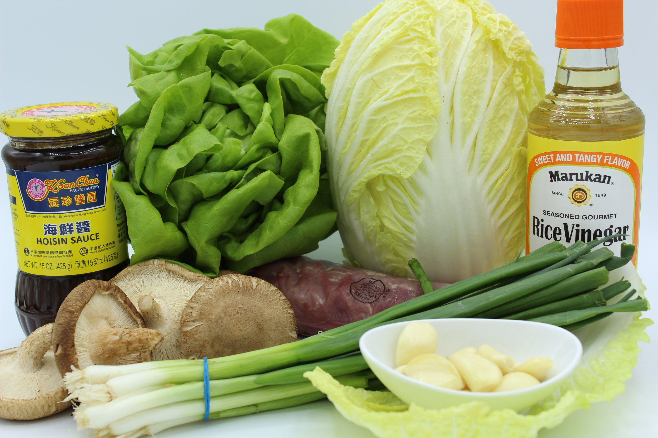 Ingredients necessary for Mu-Si pork. You can easily sub in chicken for the pork.