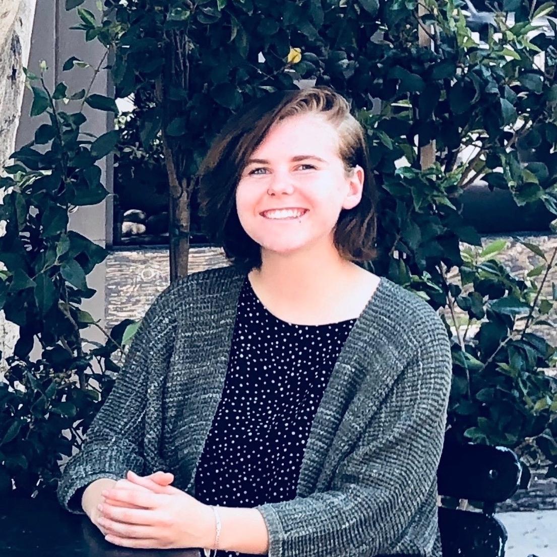 Rachel R : Biology, Chemistry, Math (All levels), AP English / AP Literature