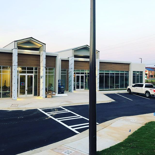 Brite Atlanta takes on another commercial construction cleaning & pressure washing contract with @brandbank ! Soft opening will be tomorrow morning!