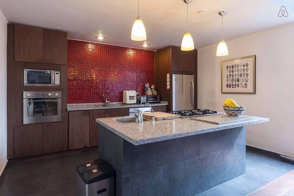 guest house mx4.jpg