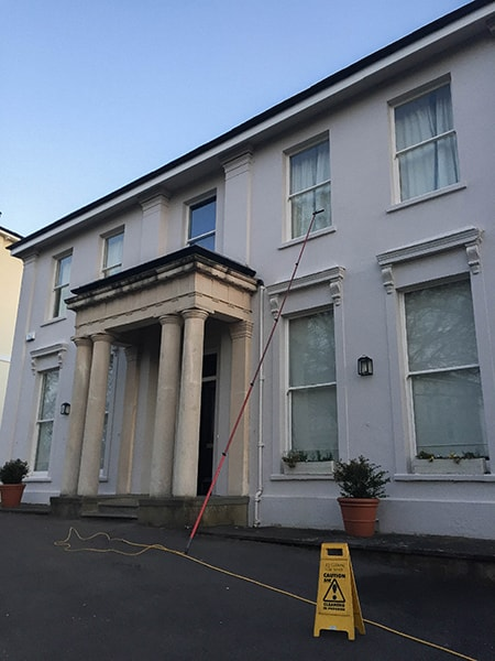 residential_window_cleaning_Cheltenham.jpg