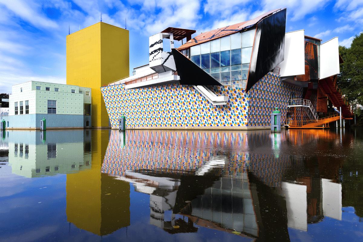 breathtaking-work-art-grininger-museum-1200x800_c.png