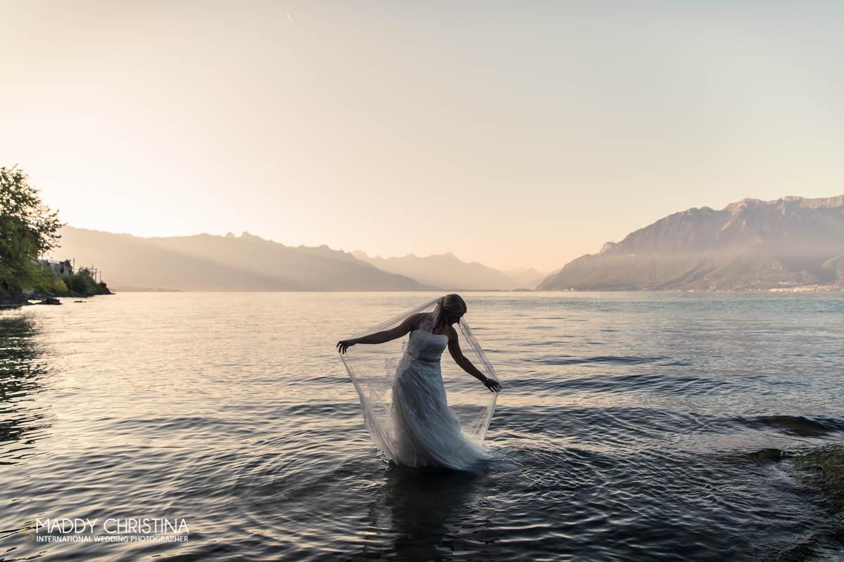 wedding switzerland sweden lausanne genêve lac lama bride trash the dress water