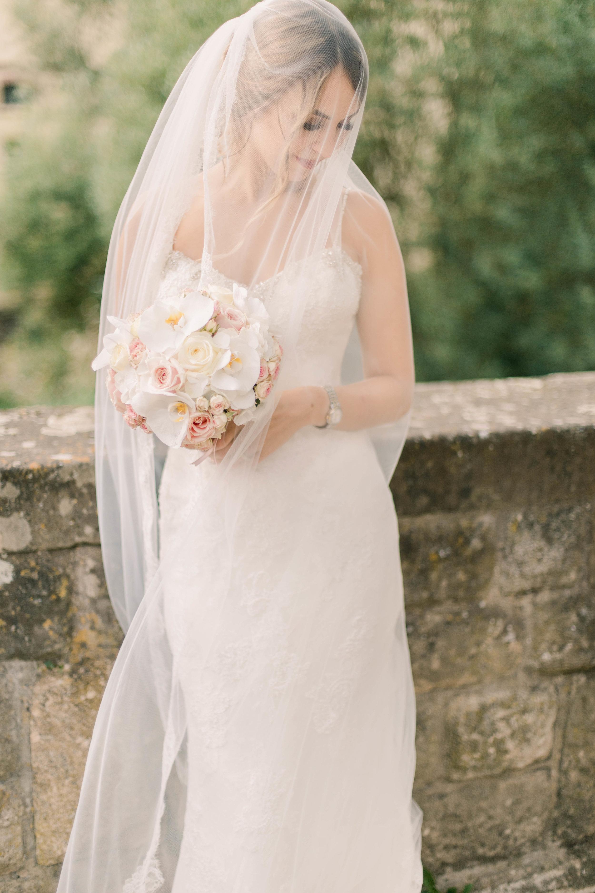 bridal shoot maddy christina