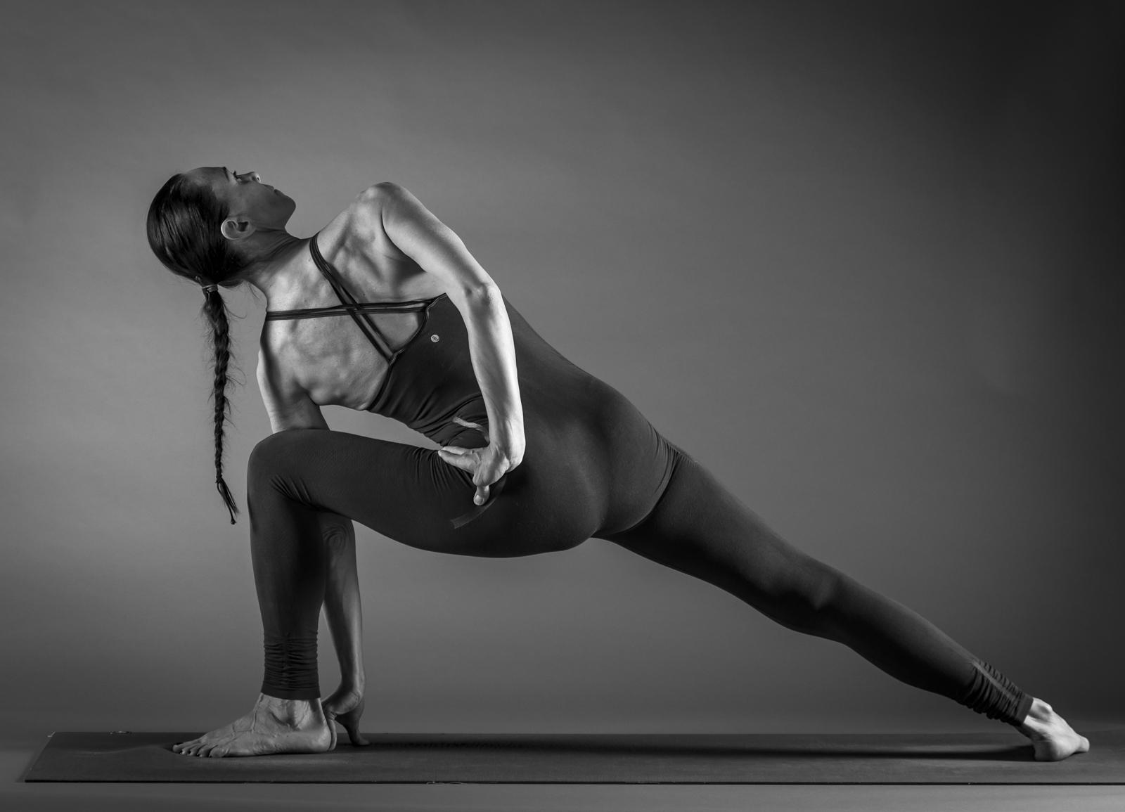 v.v.yoga-small-257.jpg