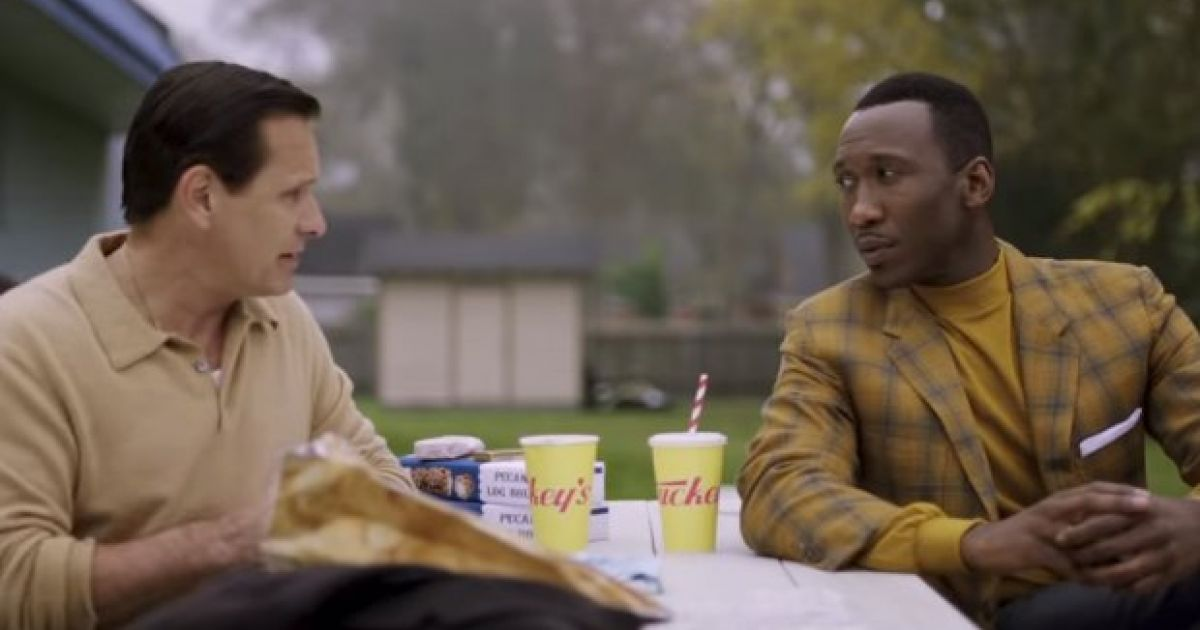 viggo-mortensen-and-mahershala-ali-hit-the-road-in-first-trailer-for-oscar-bait-dramedy-green-book.jpg
