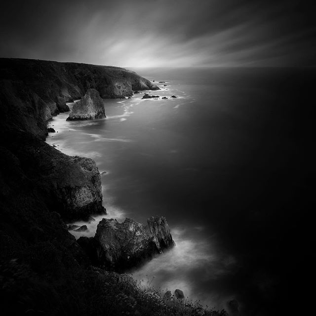 I've been so incredibly busy this past year, that I almost forgot about the images I shot when I visited Ireland during the summer of 2018.  But, I finally got a chance to edit a few of them, and I visited this shoreline on a cloudy da, and I immediately felt like it should be a black and white image. I hope you like it