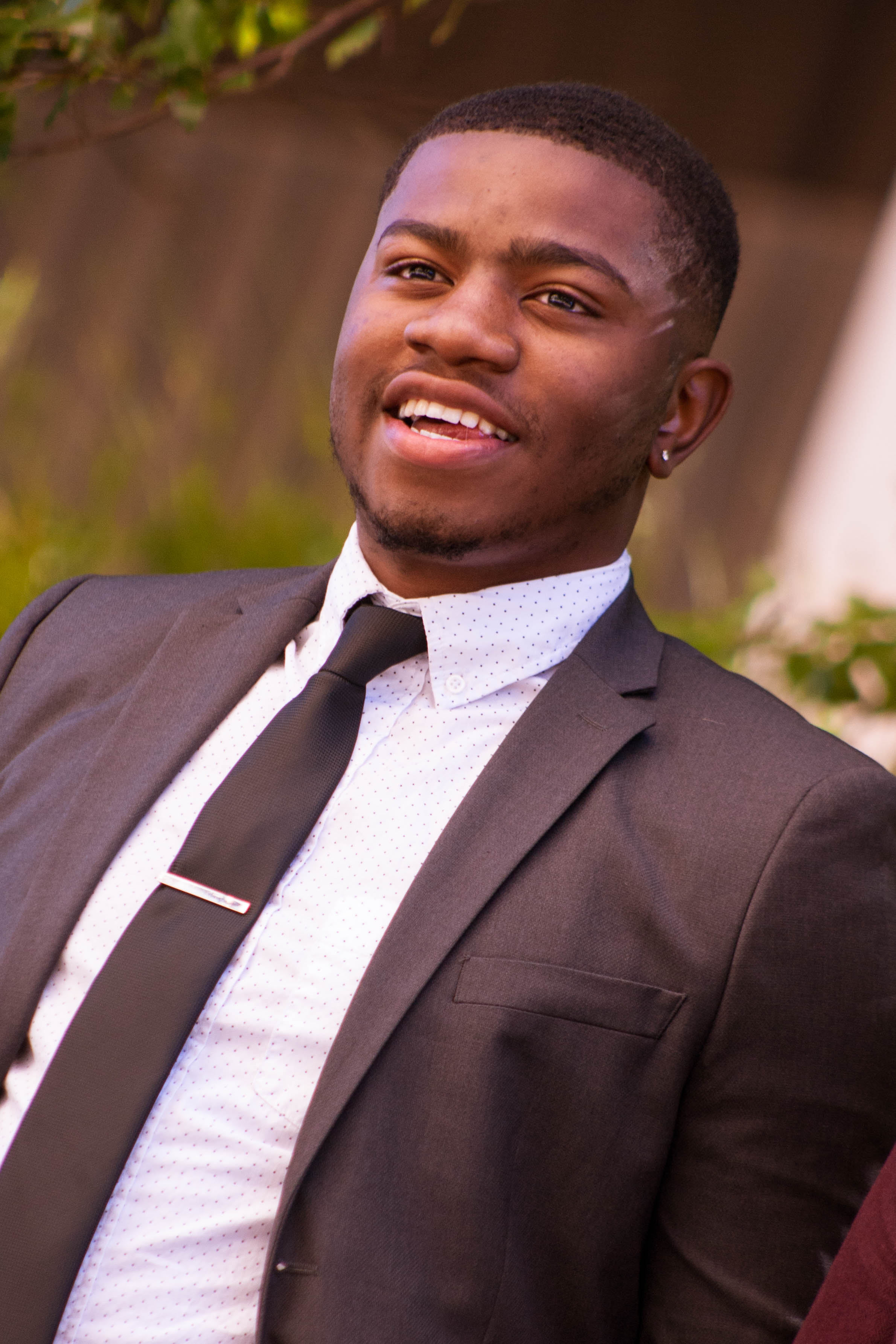 Dee Simmons - Mental Health consultant, Youth Mentor. Dee joined Grand Gentlemen to help promote a positive image to black youth. Dee attended Southern Nazarene University.Graduated May 2016Bachelors: Psychology Minor: SociologyMasters: PsychologyExpected Grad Date: December 2018