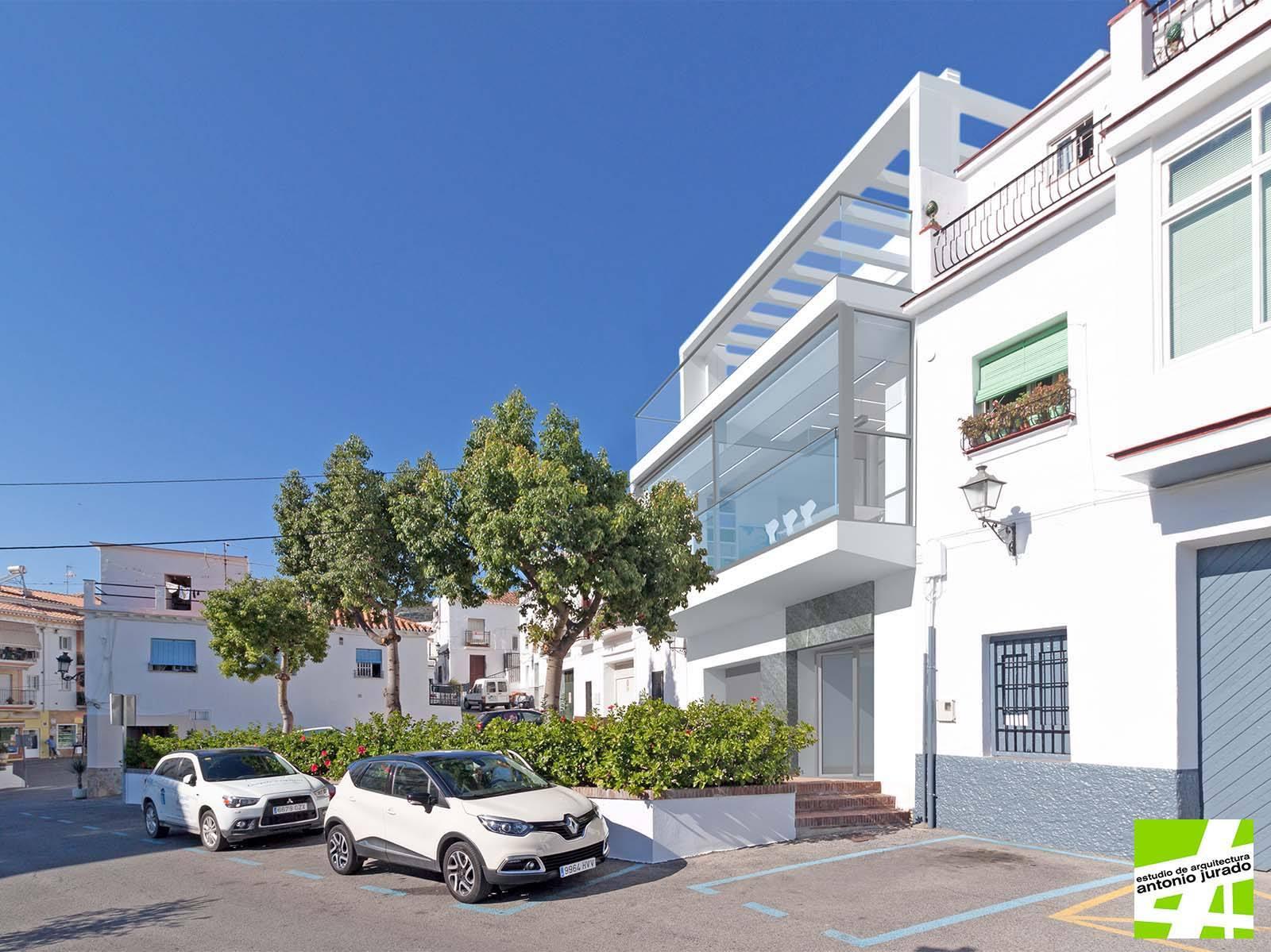 irene-sanchez-moreno-eldevenir-art-gallery-galeria-arte-online-torrox-malaga-contemporaneo-antonio-jurado-arquitectura (4).jpg