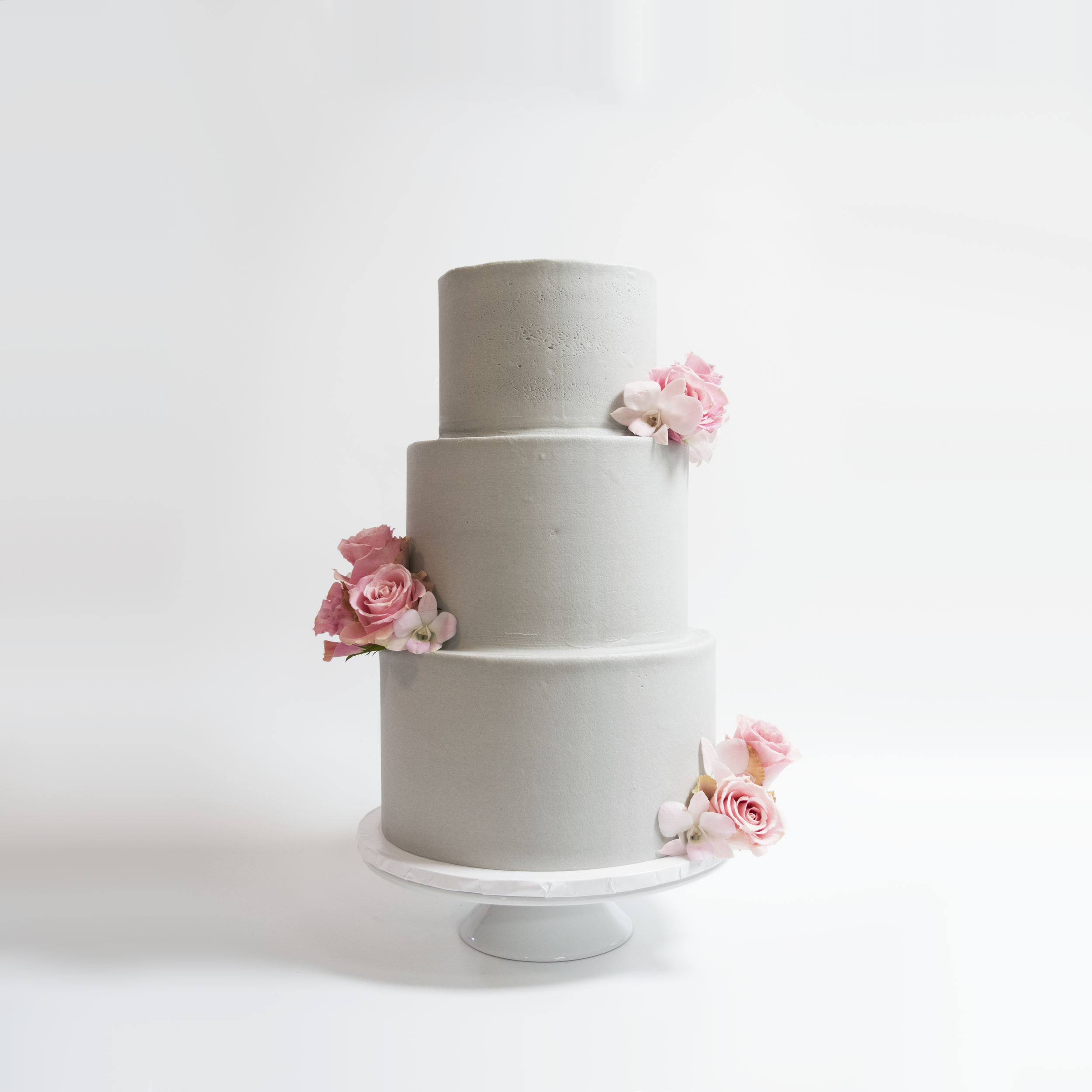 Grey and Pink Wedding Cake.png