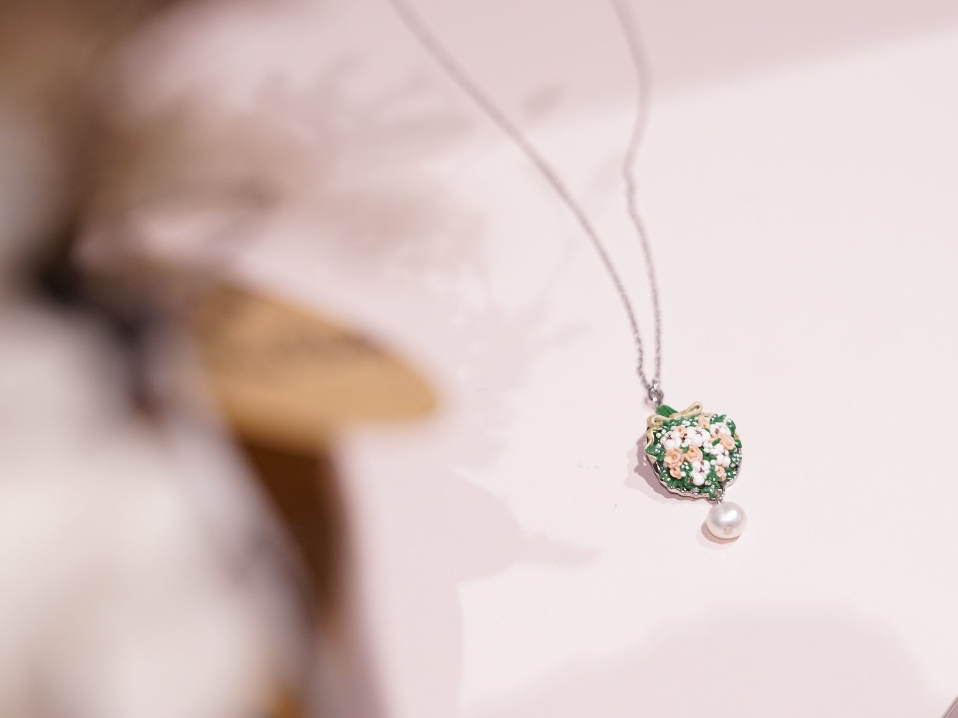 Custom Pin & Jewellery -