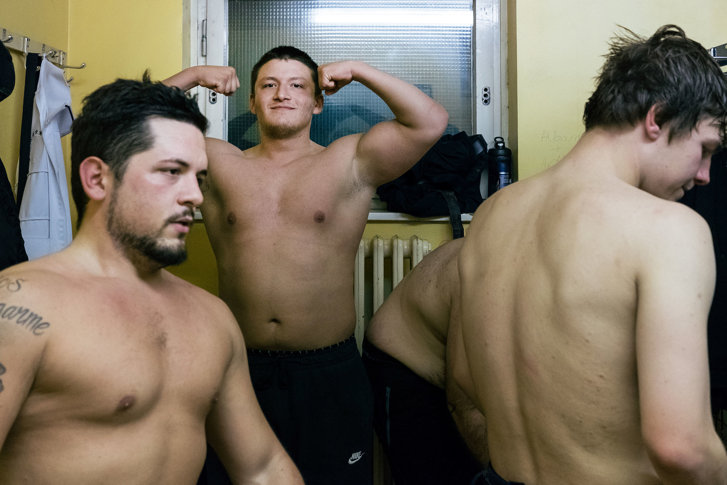 40_wrestling.jpg