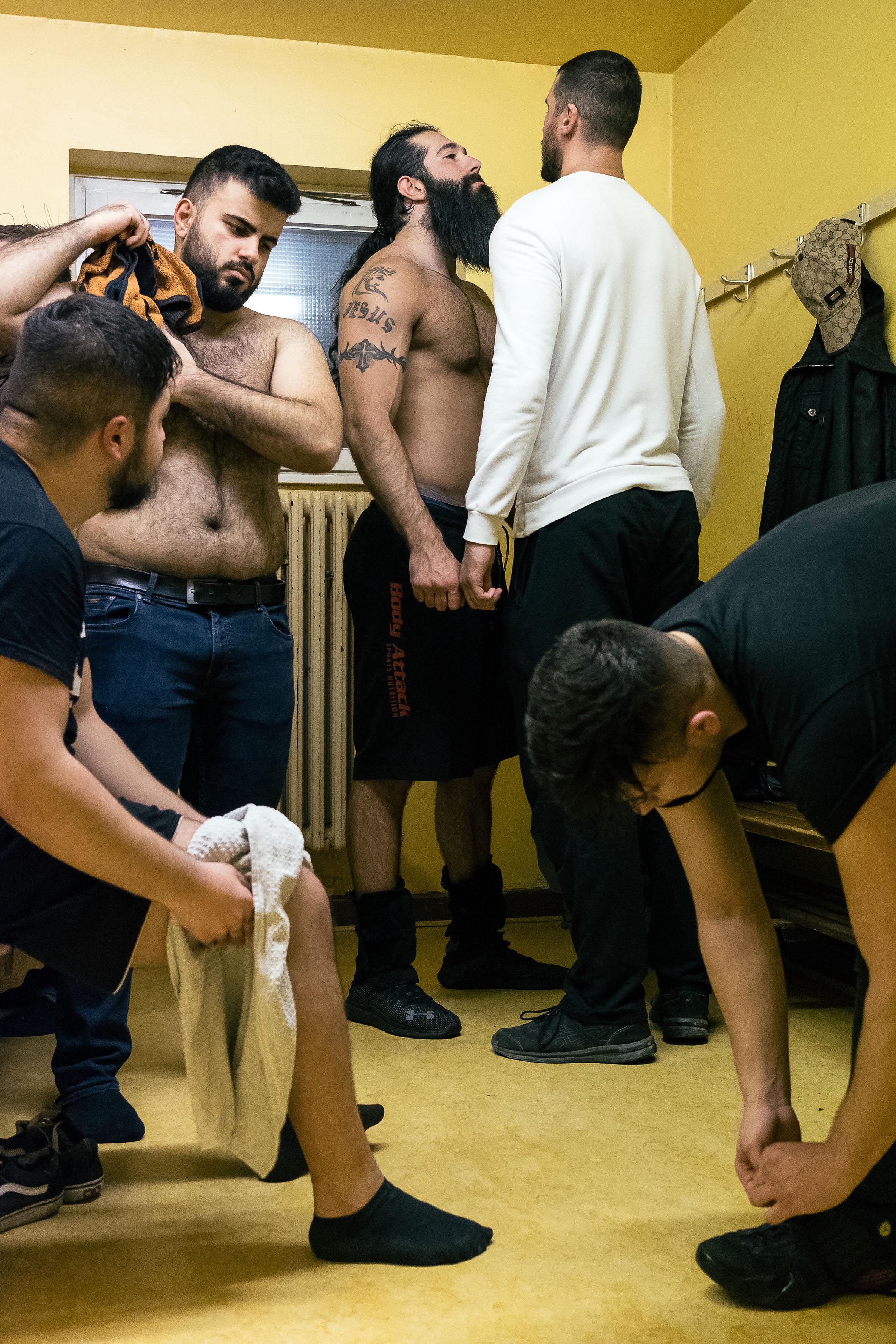 41_wrestling.jpg