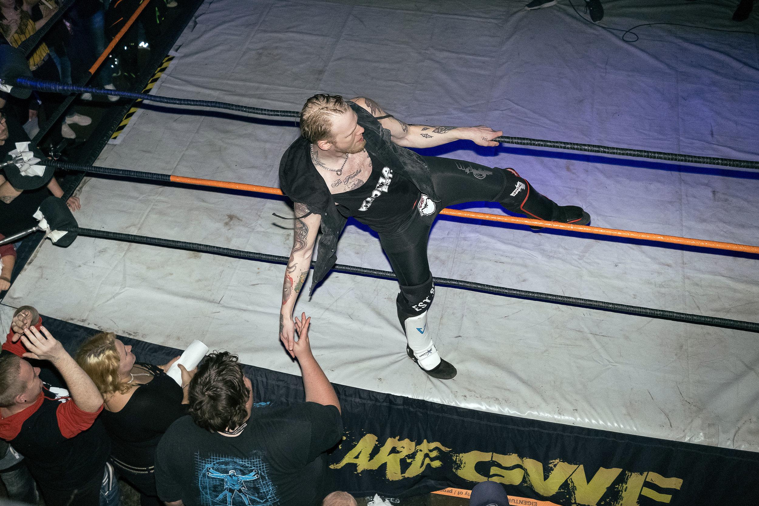111_wrestling.jpg