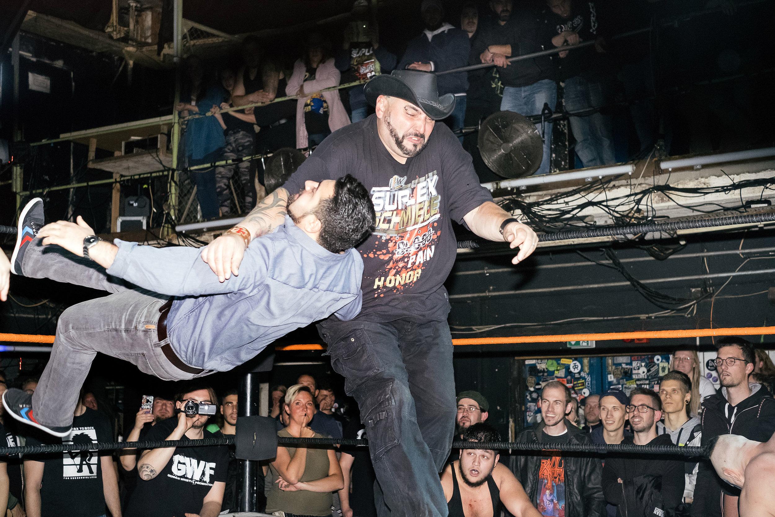 120_wrestling.jpg