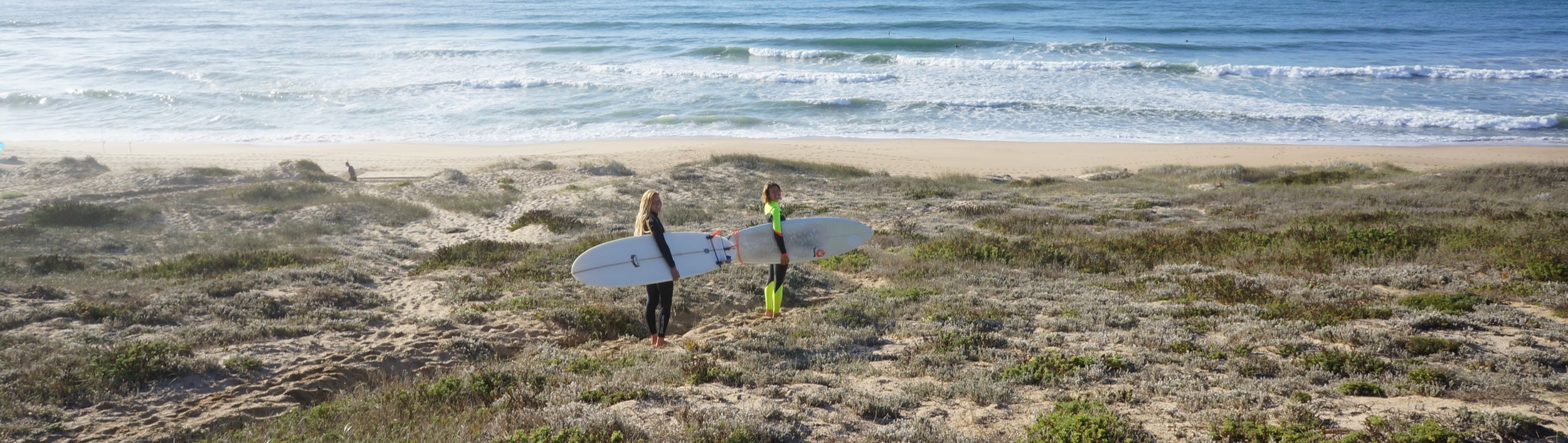 into the flow yoga and surf retreat ericeira inspiro yoga