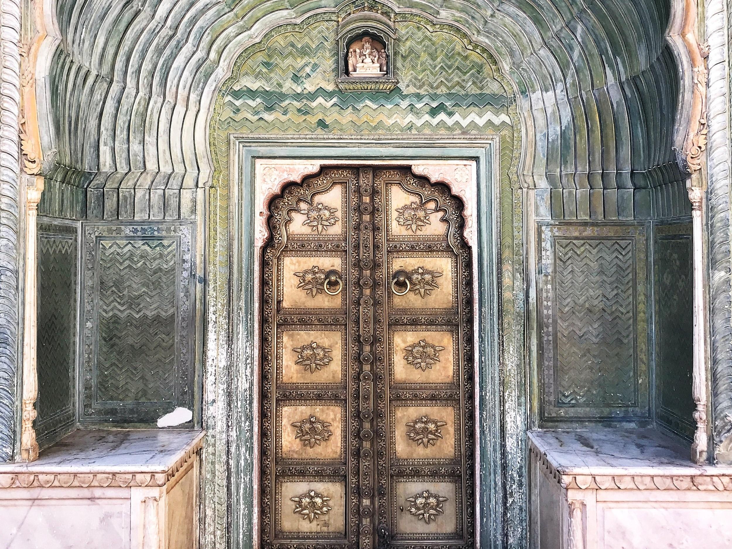 anubhav-arora-WBzlYPYANiA-unsplash.jpg