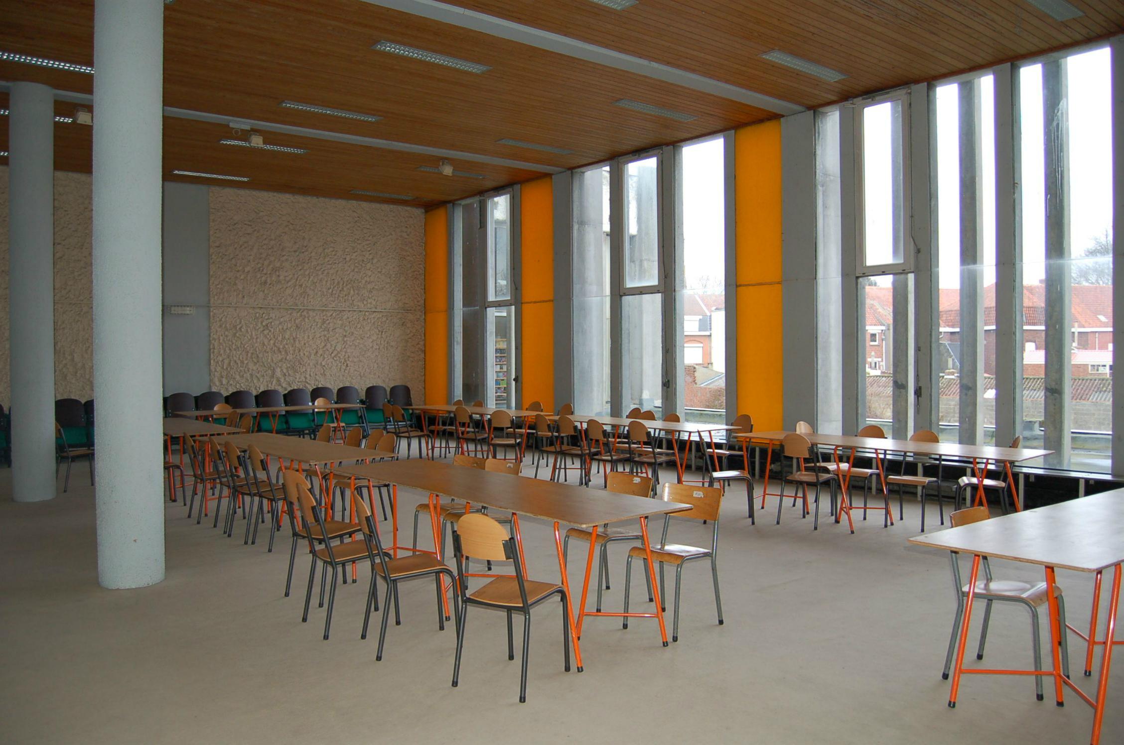 salle2 (9)_.JPG
