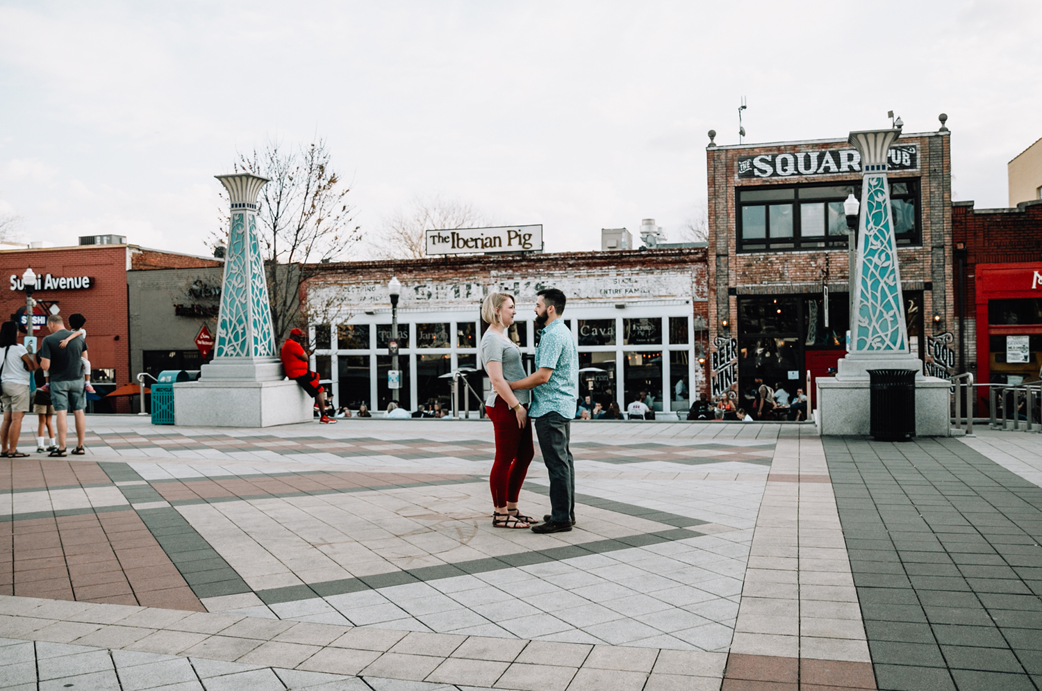 Dustin+Amelia_Decatur_Engagement-101.jpg