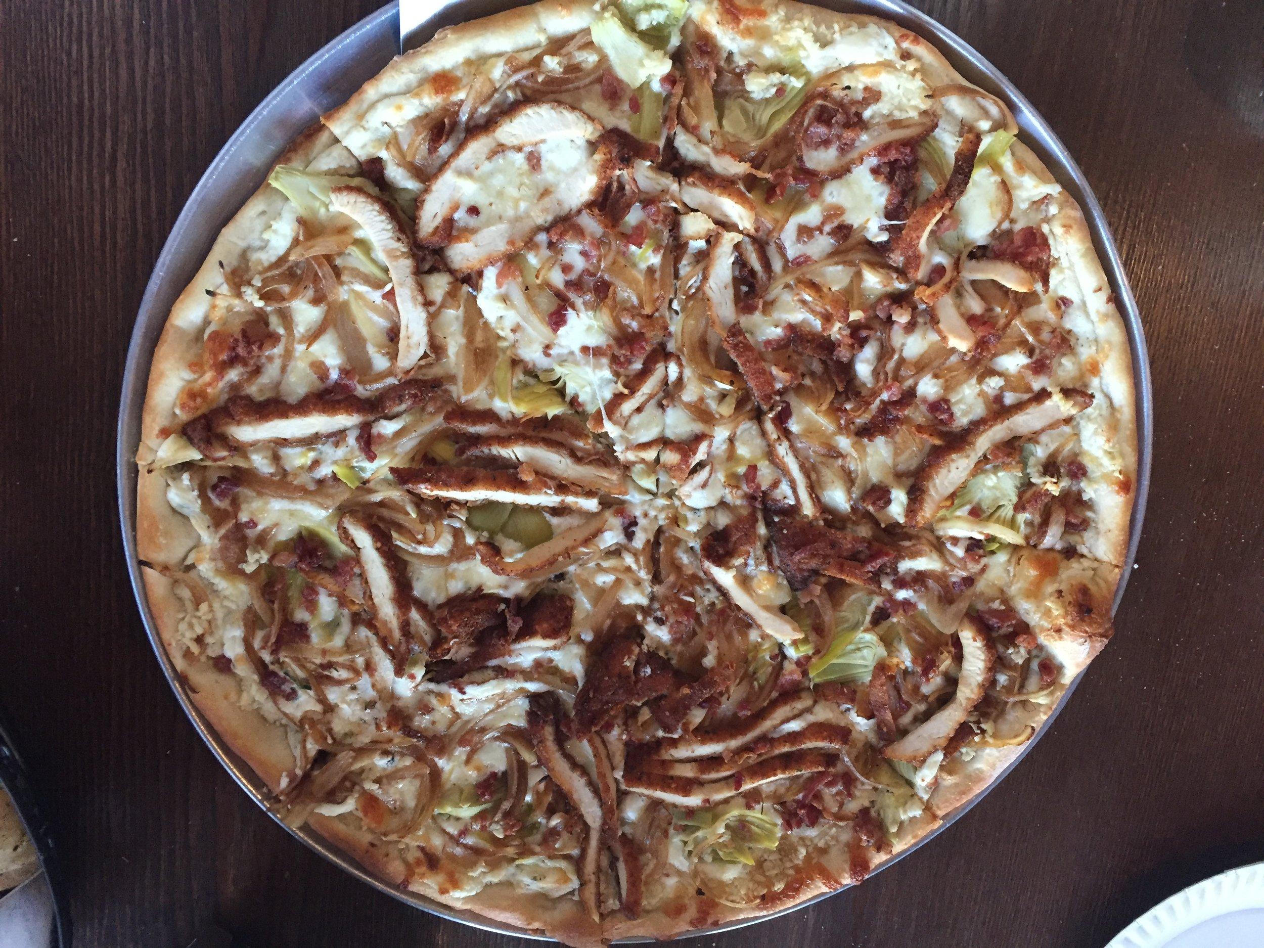 Primo Pizza_Chicken Pizza_KMartinelli Blog_Writer & Marketer.JPG
