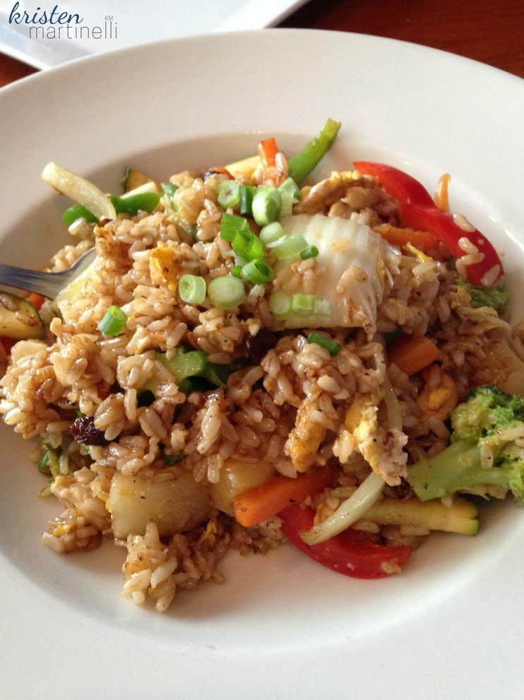Khao Tip_Pineapple Fried Rice_KMartinelli Blog_Writer & Marketer