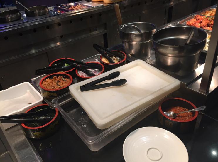 KMartinelli Blog_Writer & Marketer_Minado Restaurant_Soup
