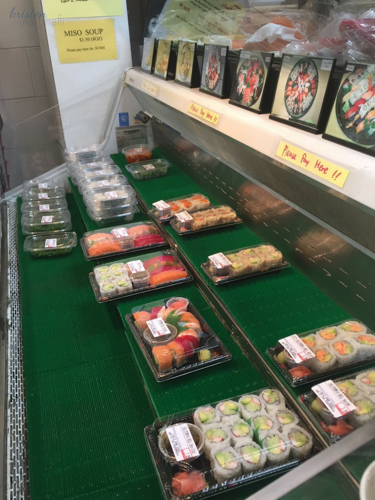 I took this photo in the early afternoon, so the case isn't super packed. While I was waiting, 3 fresh rolls were added and more were being made. Turnover is a positive sign of a high-quality product.