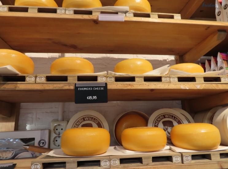 Amsterdam Cheese_KMartinelli Blog_ Food Writer _ Digital Marketing & Design _ Kristen Martinelli.jpg