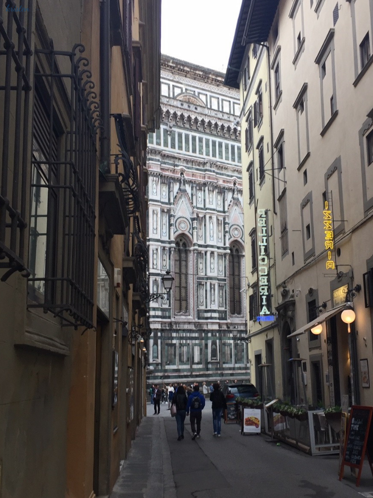 A Foodie's Journey to Florence Italy _ K. Martinelli Blog _ Kristen Martinelli.png
