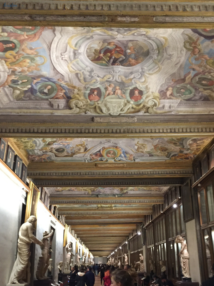 The Uffizi Gallery & Tuscan Pizza_Florence Italy_K.Martinelli Blog _ Kristen Martinelli  (5).png