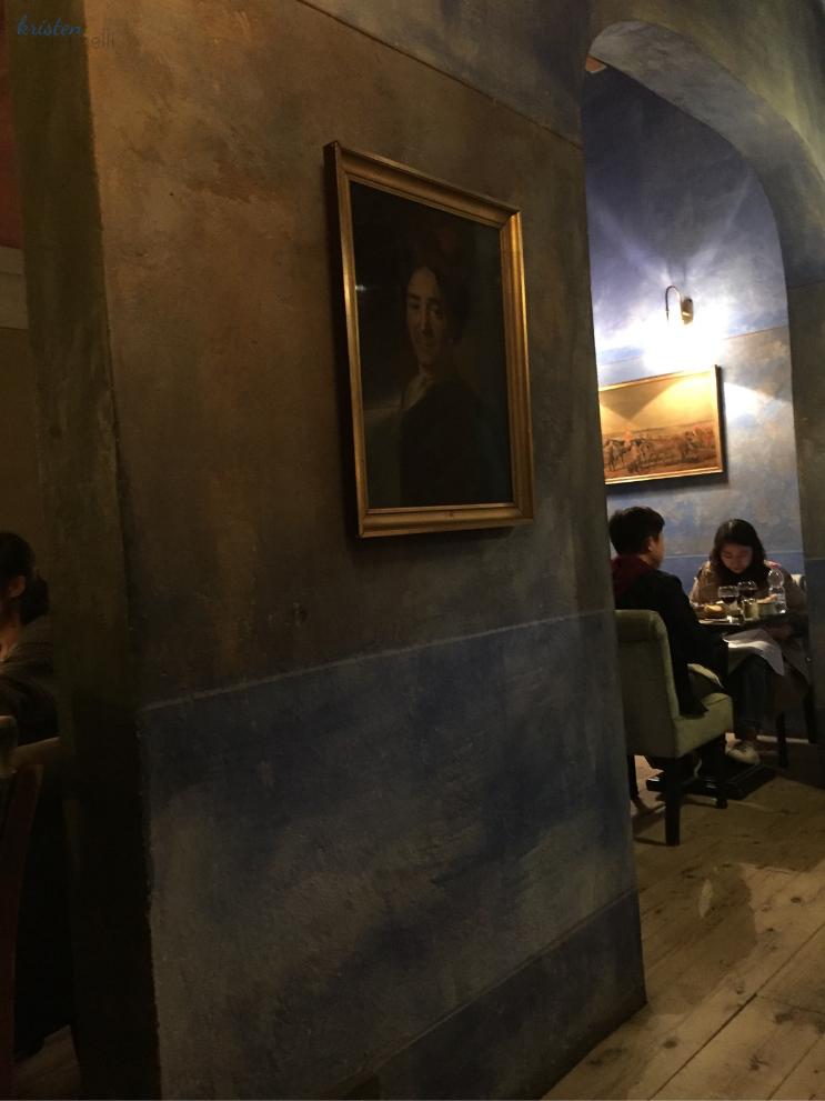 Za Za Trattoria Firenze  My Last Meal in Florence_Decor_K.Martinelli Blog_Kristen Martinelli.png