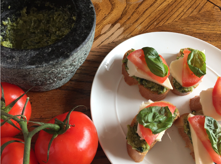Caprese Crostini with Homemade Pesto_Ingredients_K.Martinelli Blog_Kristen Martinelli.png