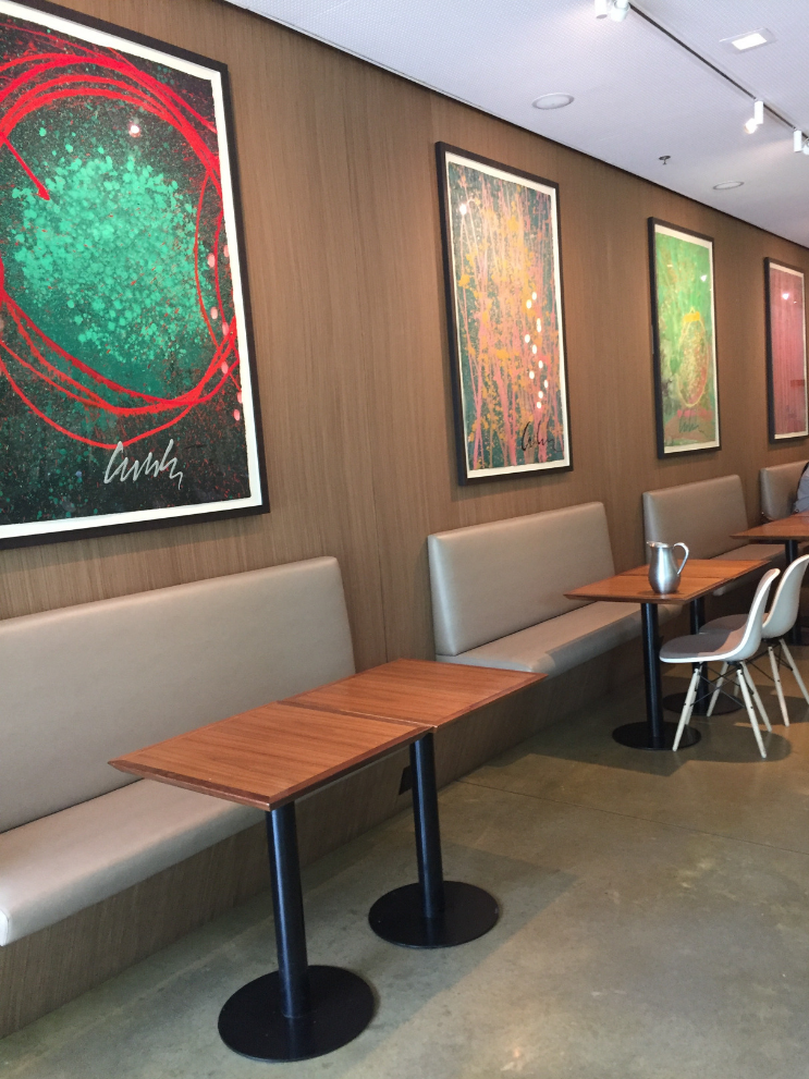 Places to eat near Atlanta Botanical Gardens_Longleaf Restaurant_Booths_K.Martinelli Blog_Kristen Martinelli.png