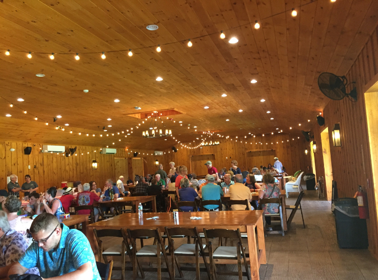 2019 Brook Hollow Winery Clam Bake_Inside Barn_Columbia NJ _ K.Martinelli Blog_Kristen Martinelli.png