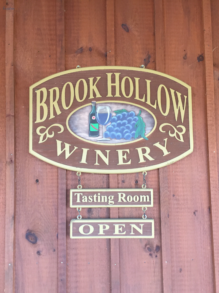 2019 Brook Hollow Clam Bake_Old Barn Sign_Columbia NJ _ K.Martinelli Blog_Kristen Martinelli.png