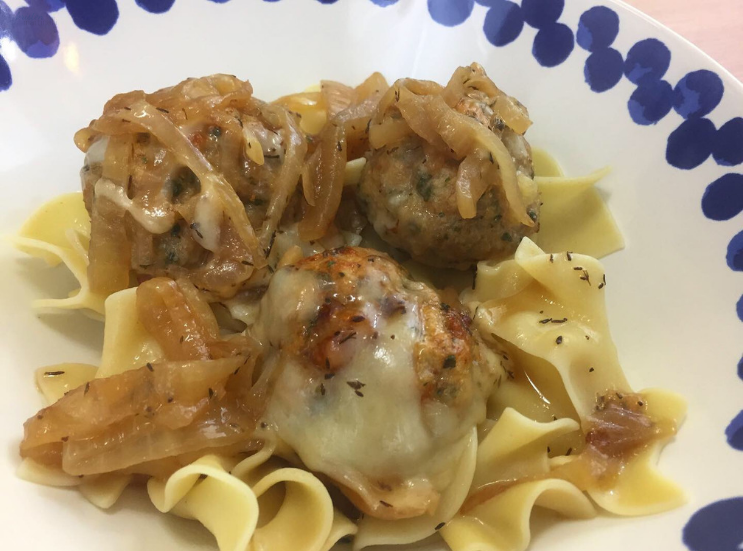 Delish's French Onion Chicken Meatballs_K.Martinelli Blog_Kristen Martinelli  (1).png