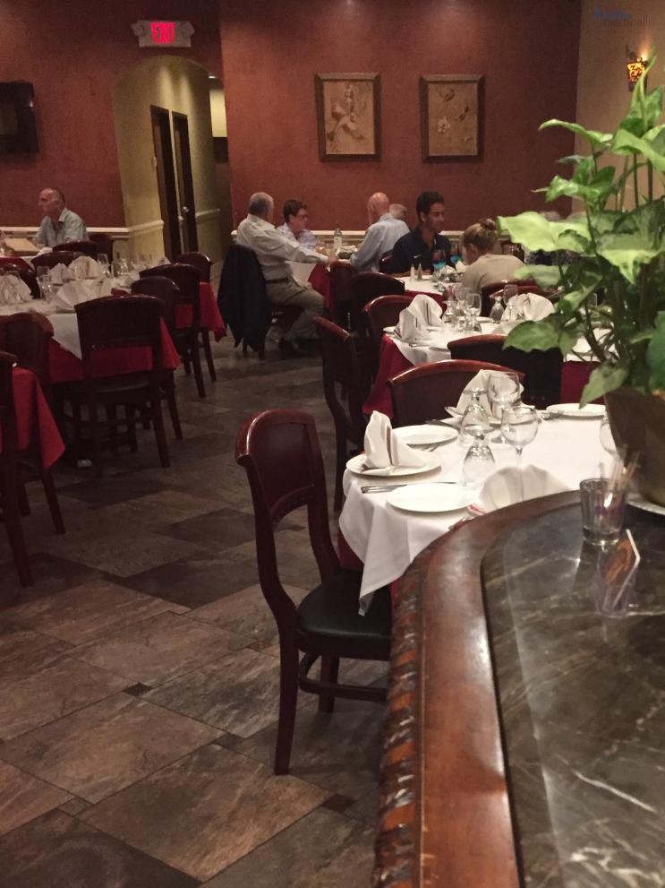 Stefano's Restaurant Route 23_ Entryway_K. Martinelli Blog_Kristen Martinelli.png