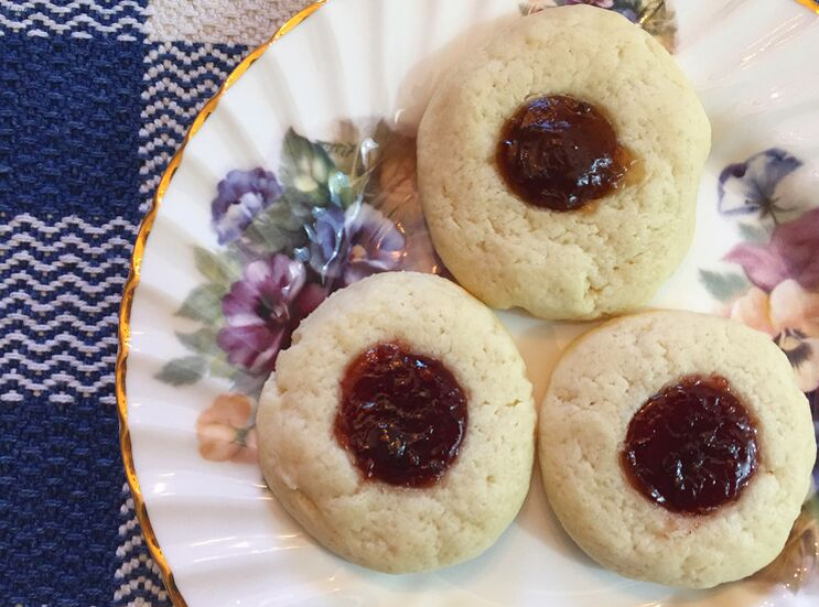 Raspberry and Fig Thumbprint Cookies_Dessert_K. Martinelli Blog_Kristen Martinelli.png