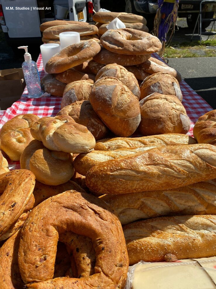 Fresh Bread_ 2019 Hudson Valley Garlic Festival_K.Martinelli Blog_ M.M. Studios.png