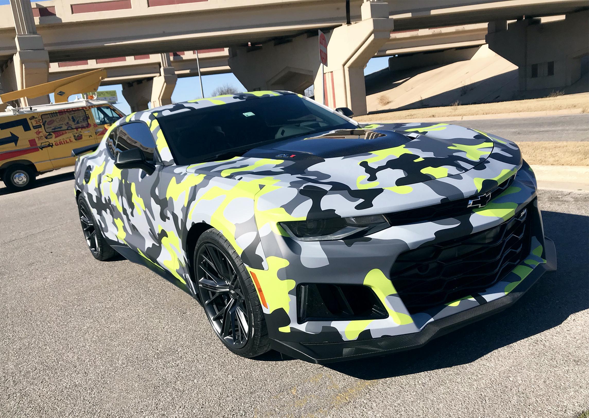 Camaro_digital print wrap_Avery Dennison_carbon fiber accents.jpg