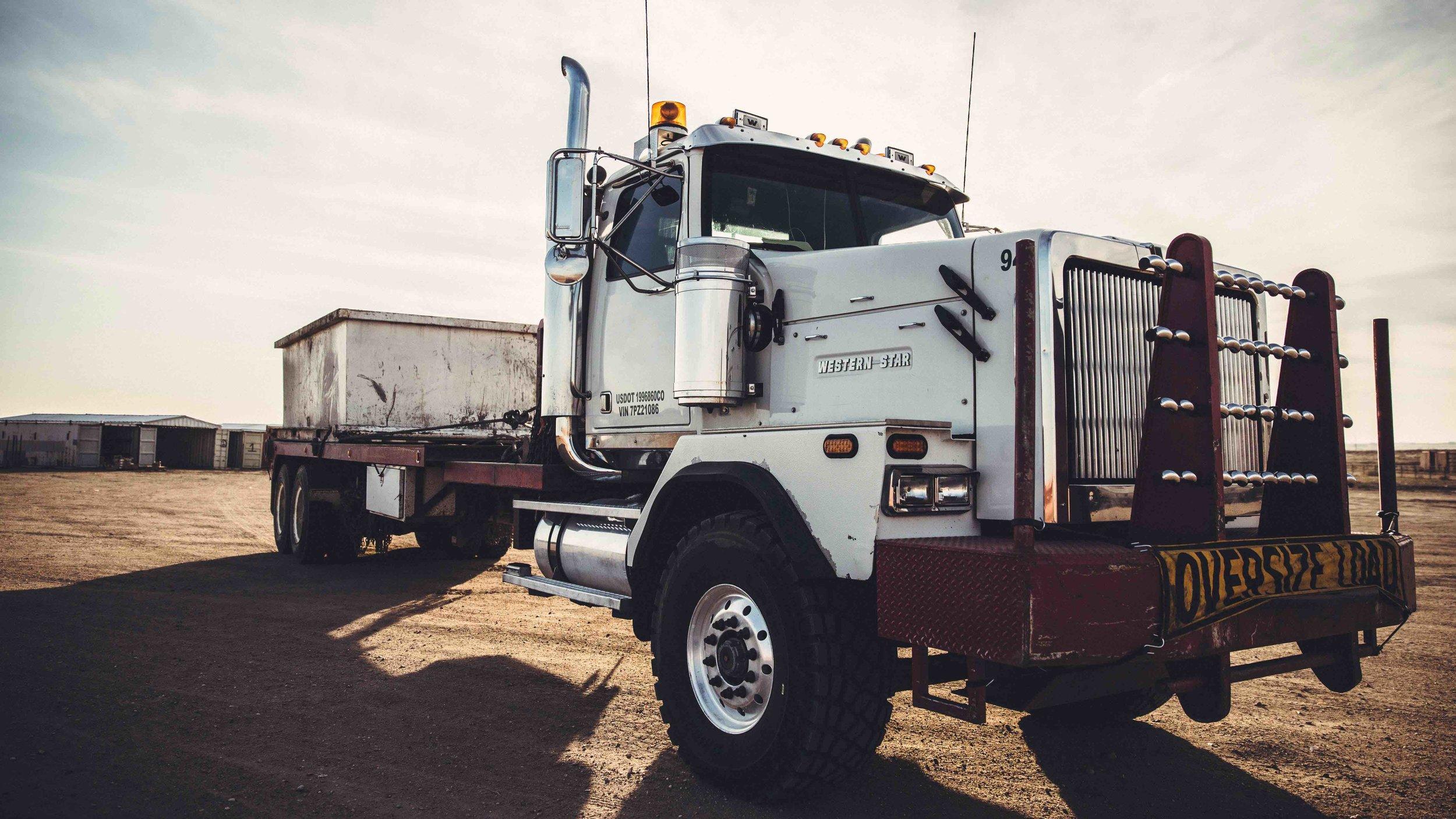 trucking-407_hr.jpg