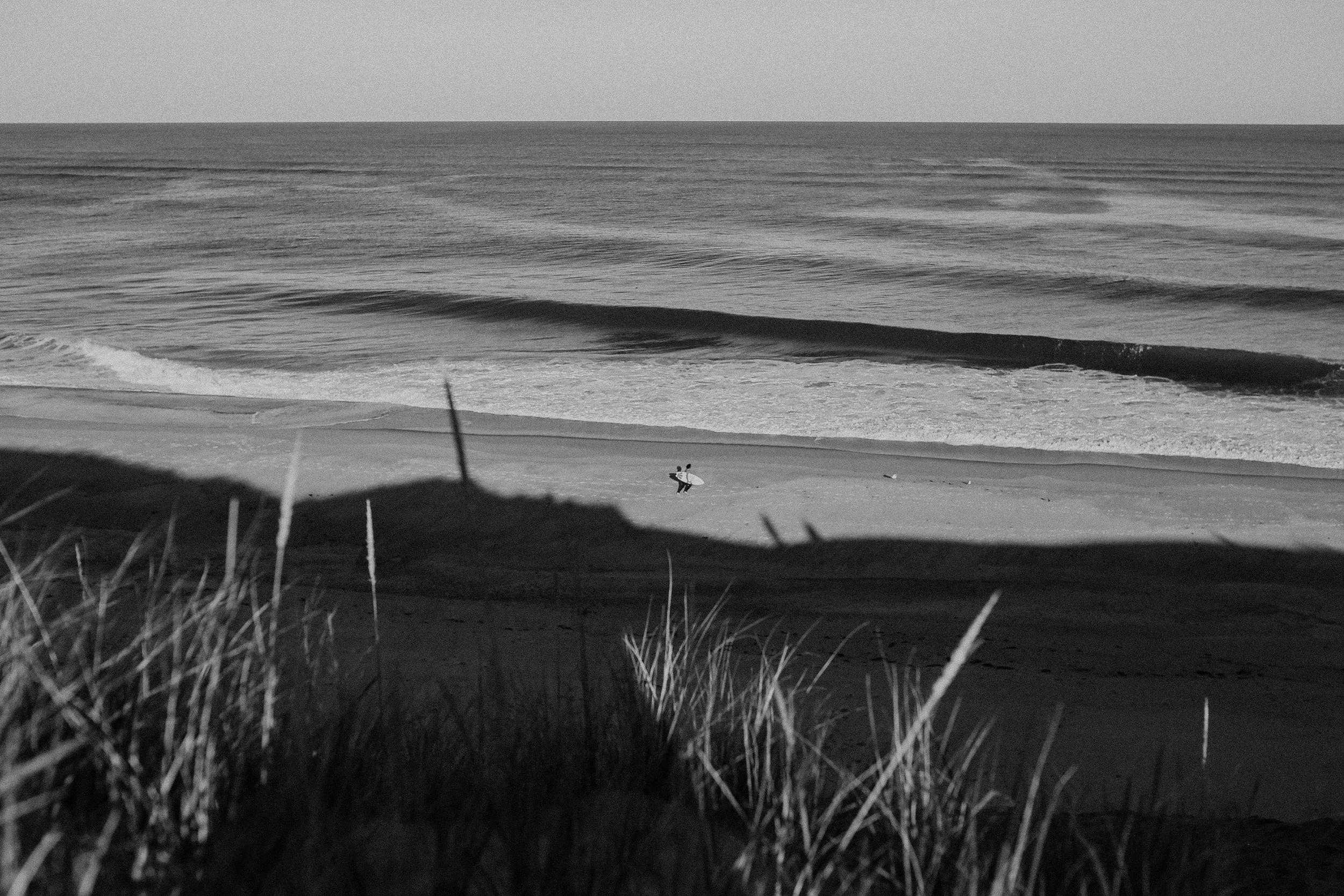 bw-surfing.jpg