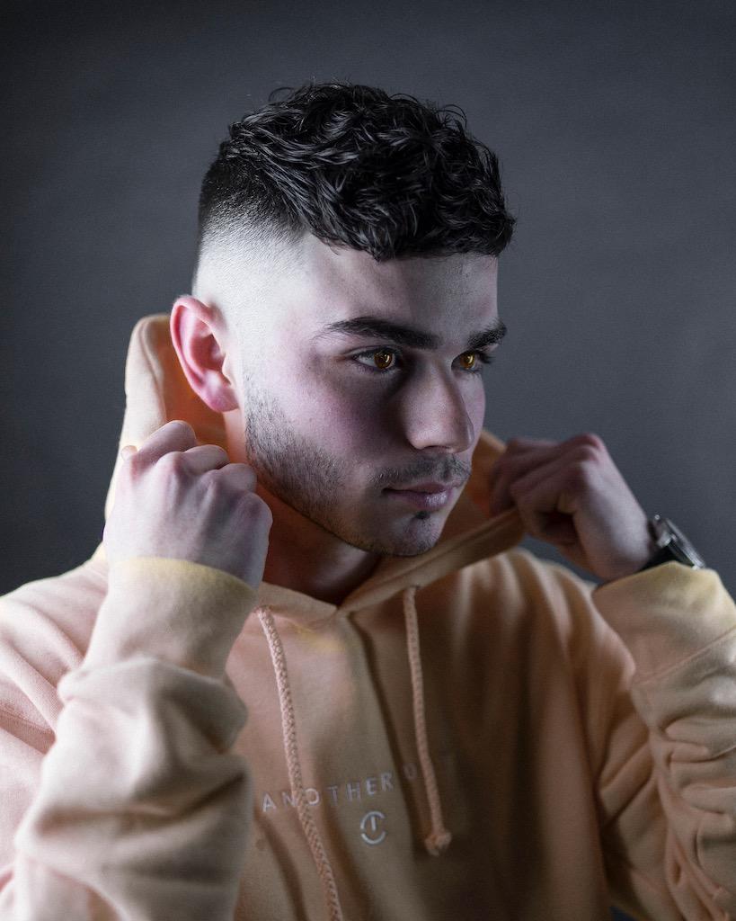 Barber Shop Haircut Zero Fade
