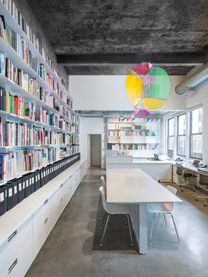 1+Tanya+Bonakdar+Gallery+DesBrisay+&+Smith+Architects++Arts+Cultural+Commercial.jpg