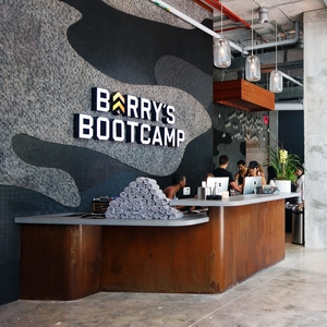 4+Barry's+Bootcamp+2.0+DesBrisay+&+Smith+Architects+Commercial+Retail.jpg