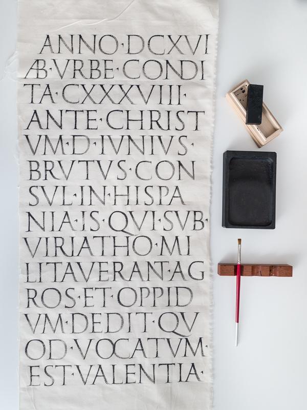 Valentia-Roman-joan-quiros-calligraphy.jpg