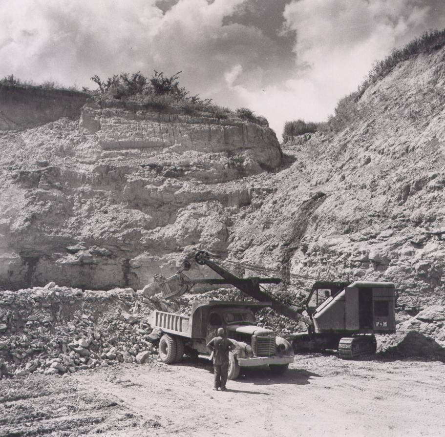 Loading rock 1958