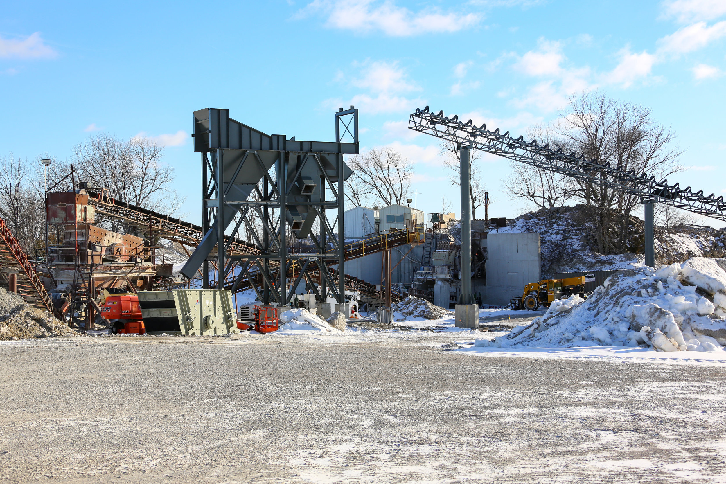 Screentower and Main Conveyor in Process - January 22, 2014