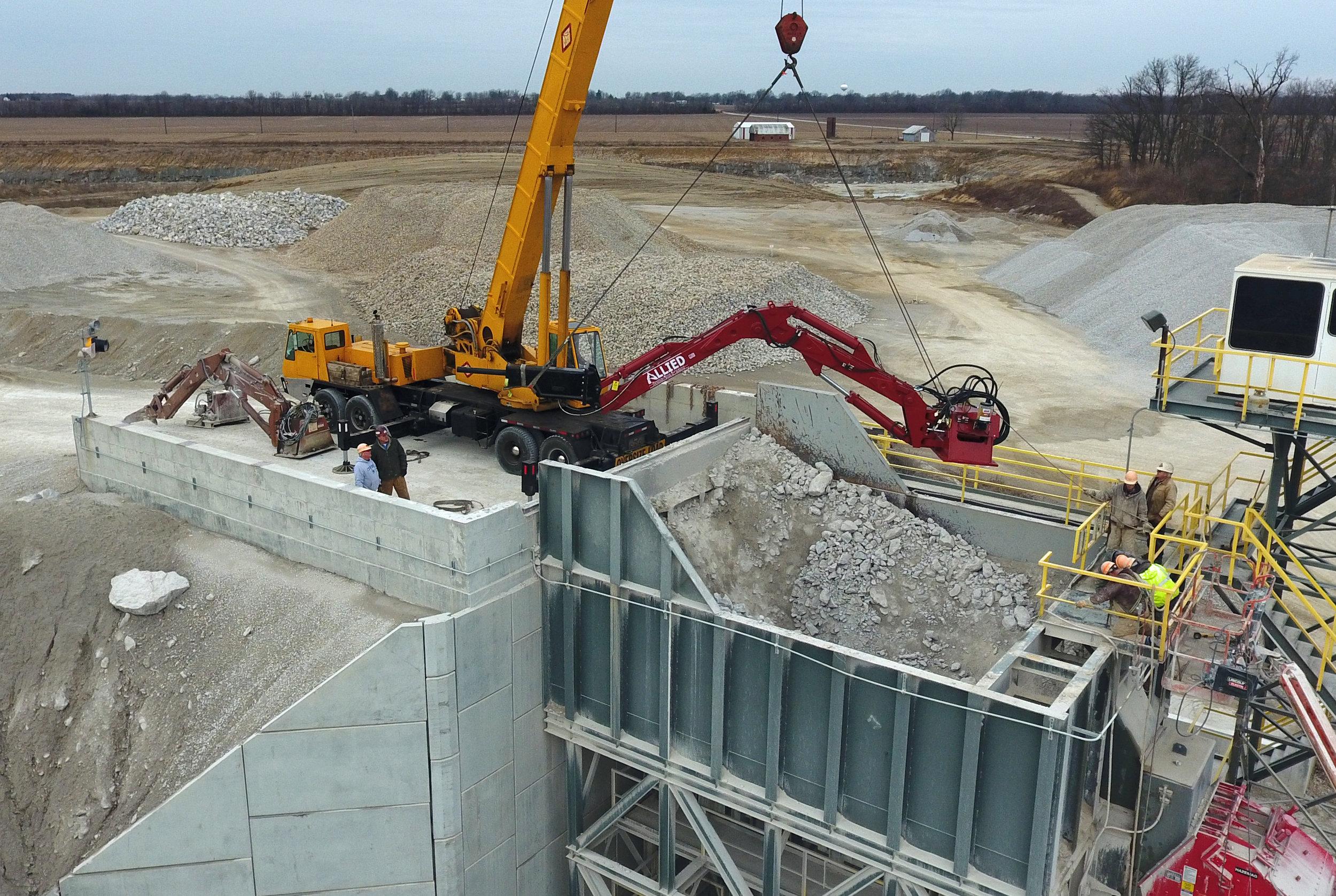 Installation of New Allied Rock Breaker Boom - February 2017