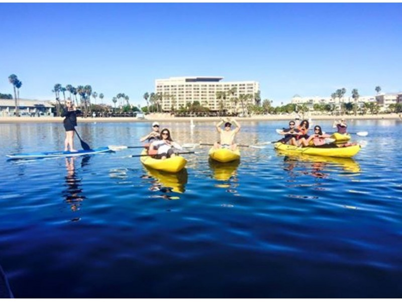 PLAYA: Marina del Rey - DIFFICULTY: 1/5 (no SUP experience needed!)SCENERY: Venice Beach, Santa Monica Mountains in the distanceFUN FACT: David Ginsburg paddled with his arms from Catalina Island to the mainland!